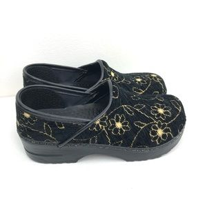 DANSKO Velour Fabric Embroidered Clogs Shoes 4/34